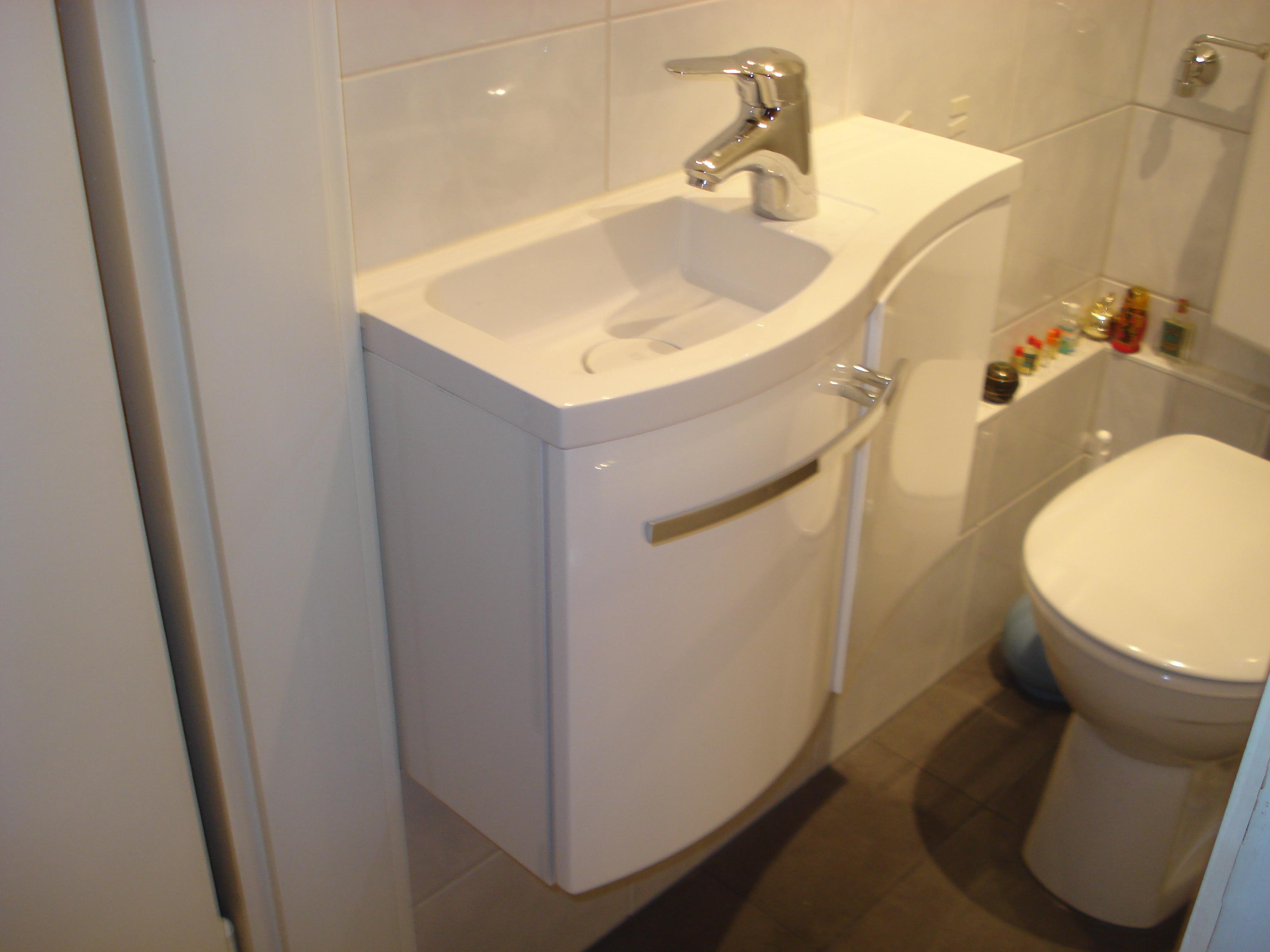 Gaeste wc firma mr bad komplettsanierung augsburg for Bad komplettsanierung